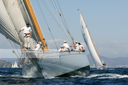 PHOTO © JEAN-MARIE LIOT.MENTION OBLIGATOIRE.LES 5 ET 6 OCTOBRE 2006.LES VOILES DE SAINT-TROPEZ.A BORD DE CAMBRIA.